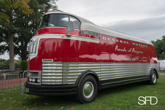 1939 GM Futurliner, Peter Pan Bus Lines